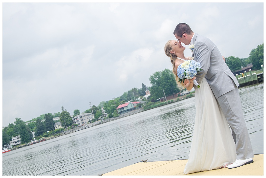 Chesapeake Inn Wedding Photos | Aaron Haslinger Photography