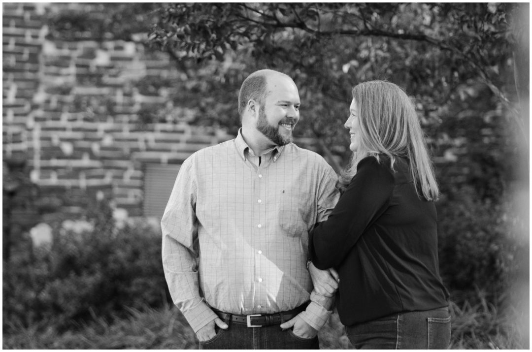 Fells-Point-engagement-photos